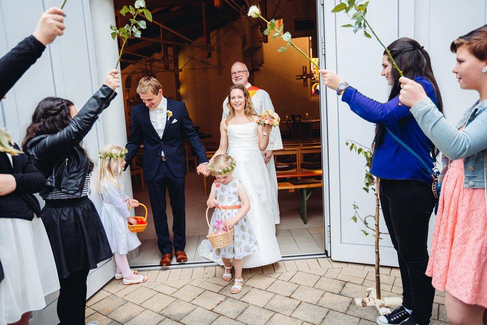 Hochzeit in Ettenheim und Freiburg - Julia und Kai (30)