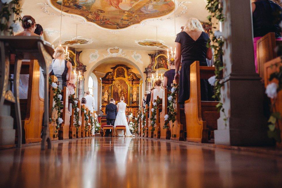 Hochzeit auf Schloss Reinach bei Freiburg - Sandra und Stephan (42)