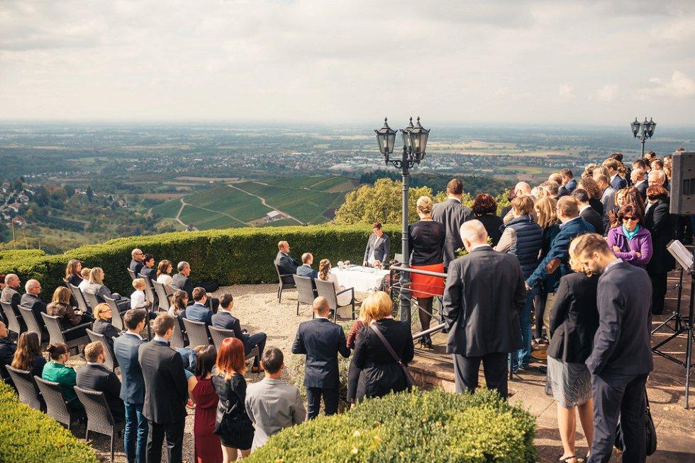 Hochzeit auf Burg Windeck in Bühl - Sandra und Sascha (28)