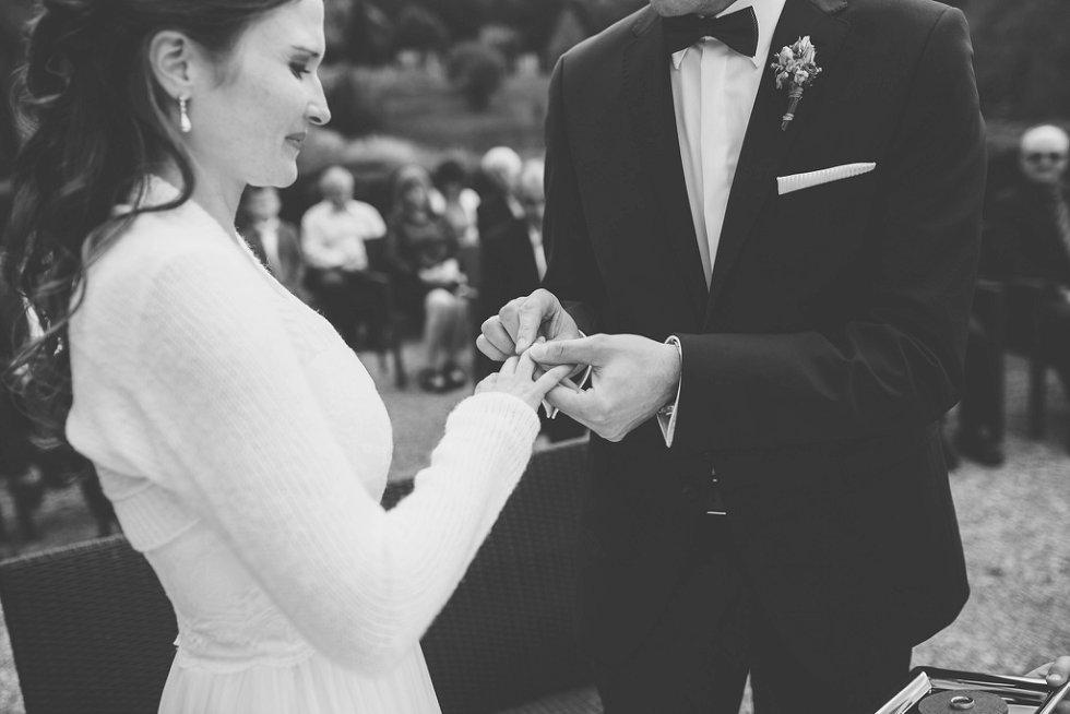 Hochzeit auf Burg Windeck in Bühl - Sandra und Sascha (30)