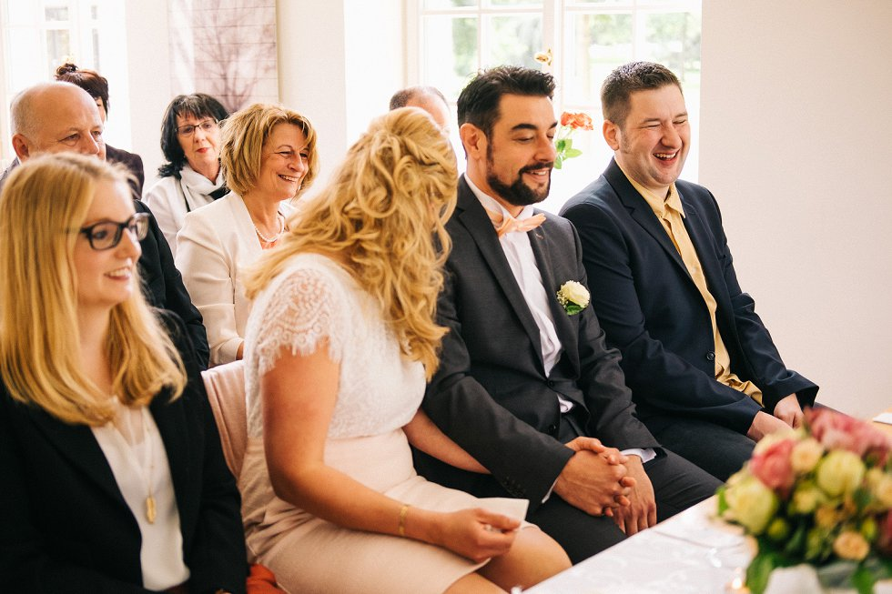Standesamtliche Hochzeit in Offenburg - Carina und Simon (6)
