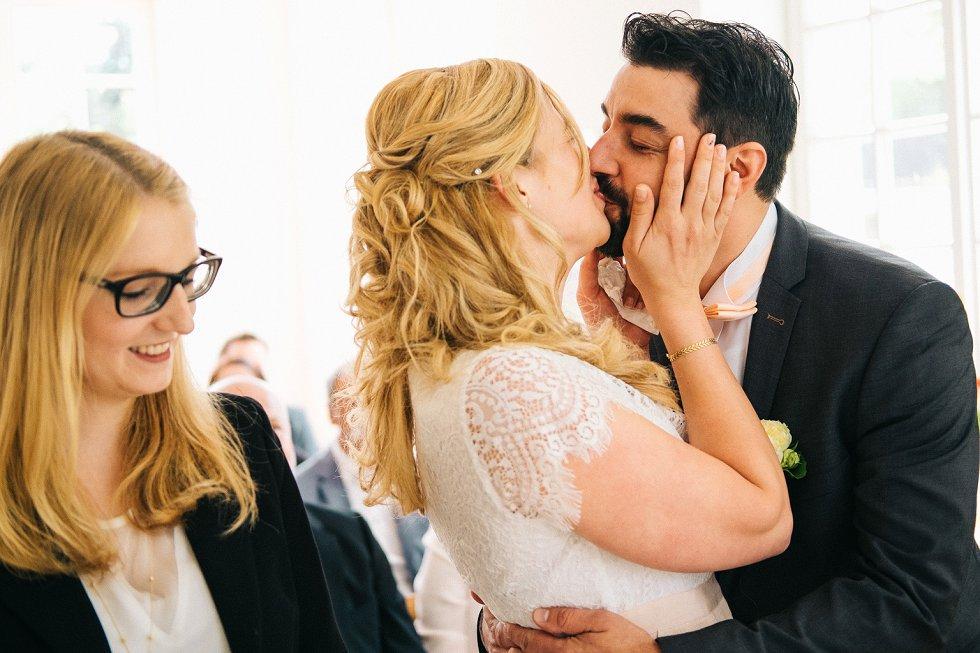 Standesamtliche Hochzeit in Offenburg - Carina und Simon (7)