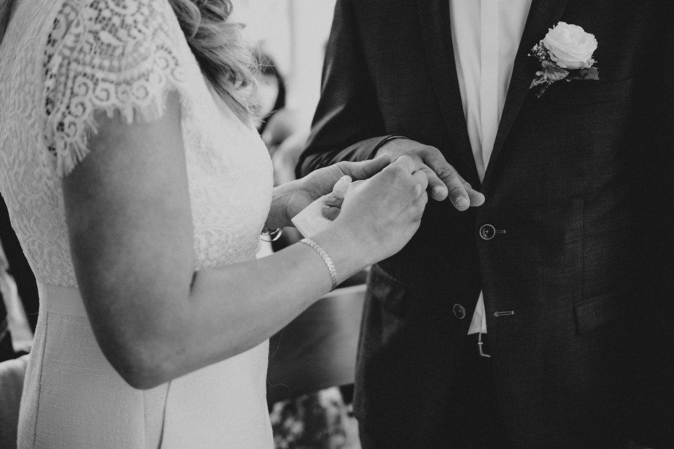 Standesamtliche Hochzeit in Offenburg - Carina und Simon (8)