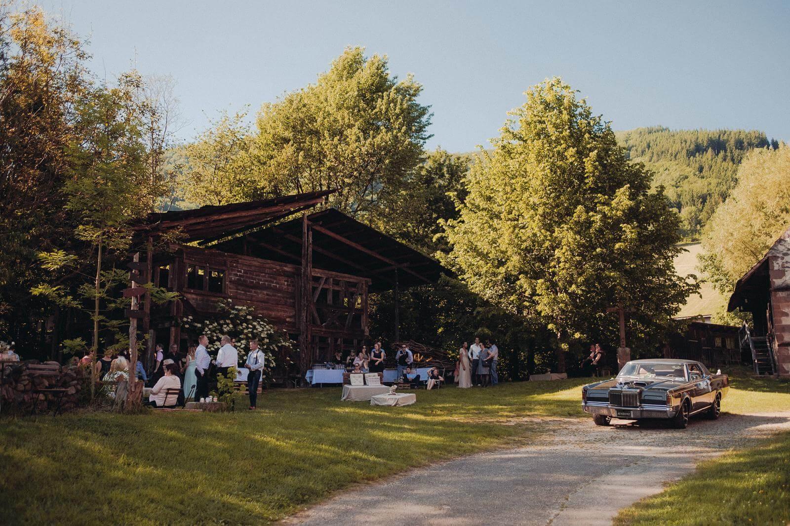 Hochzeitsfotograf auf dem Klausenbauernhof in Wolfach (31)
