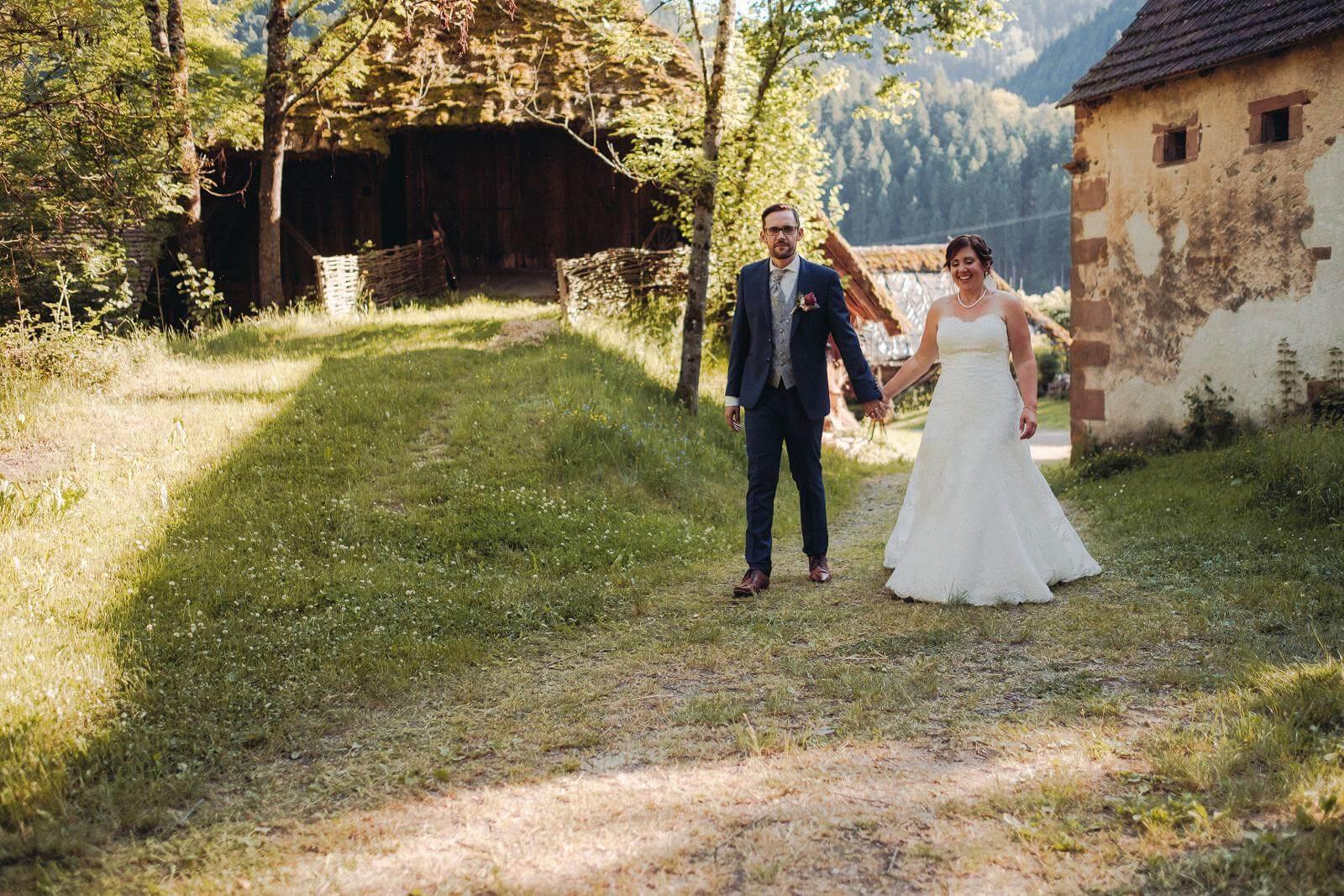 Hochzeitsfotograf auf dem Klausenbauernhof in Wolfach (34)
