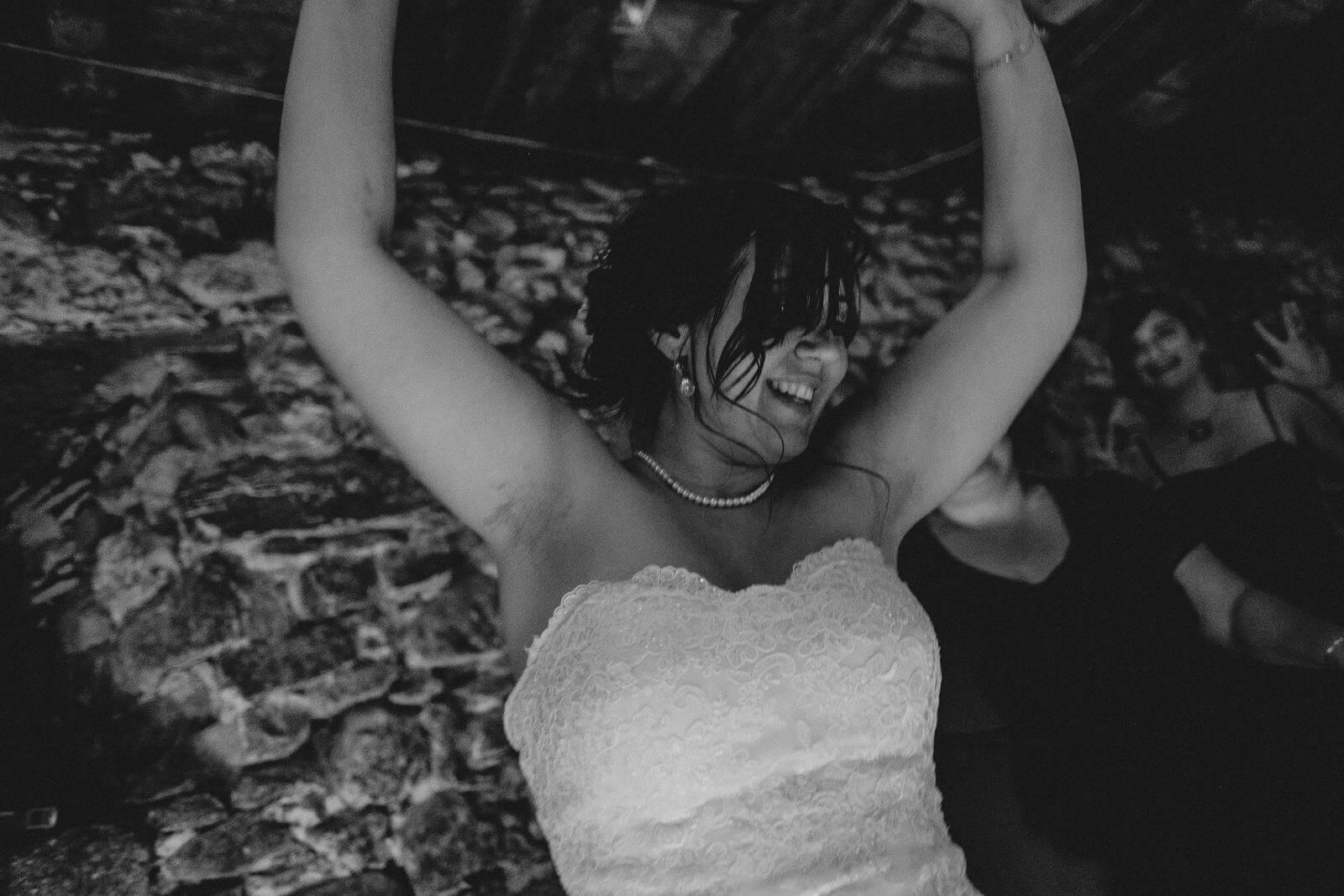 Hochzeitsfotograf auf dem Klausenbauernhof in Wolfach (53)