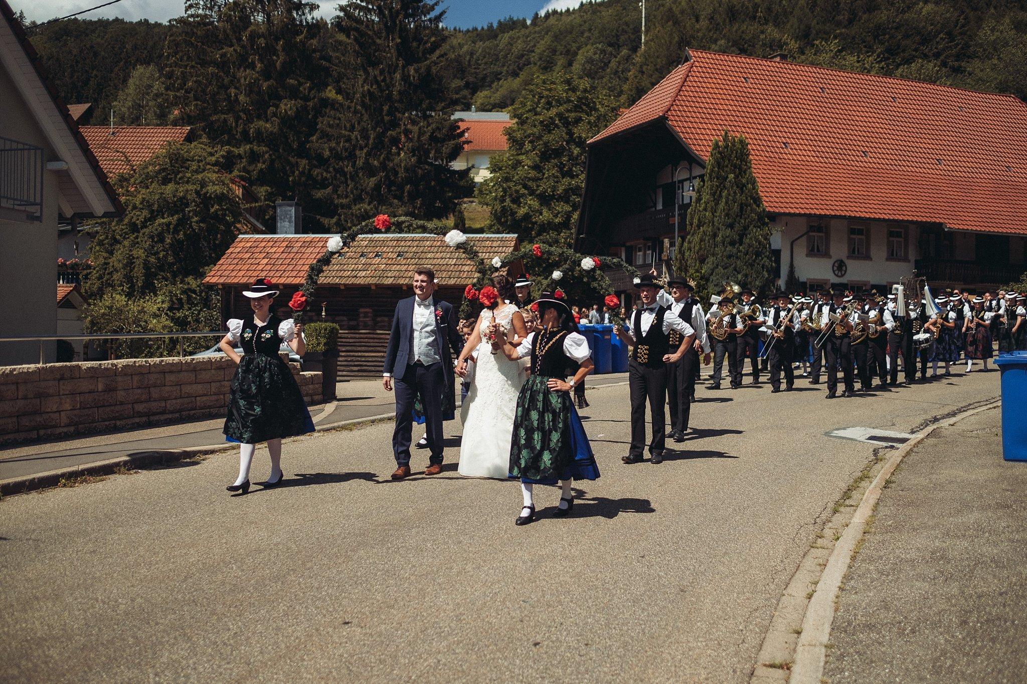 Schwarzwaldhochzeit in Elzach Hochzeitsfotograf Elztal (22)
